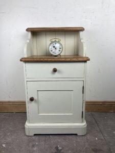 Laura Ashley Oak and Cream Painted Bedside Table / Cabinet – H82cm x W48cm x D35.5cm